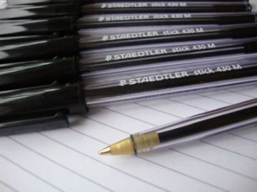 10 STAEDTLER BALL POINT PENS BLACK EXCELLENT QUALITY